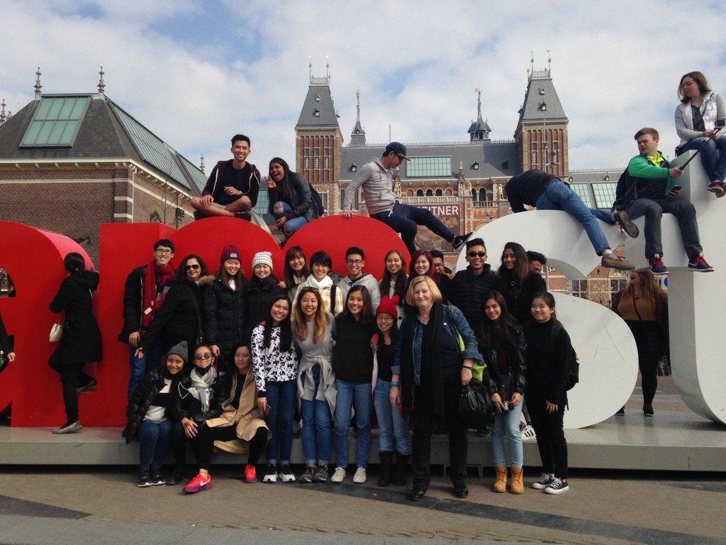 Amsterdam Center – Walking Tour